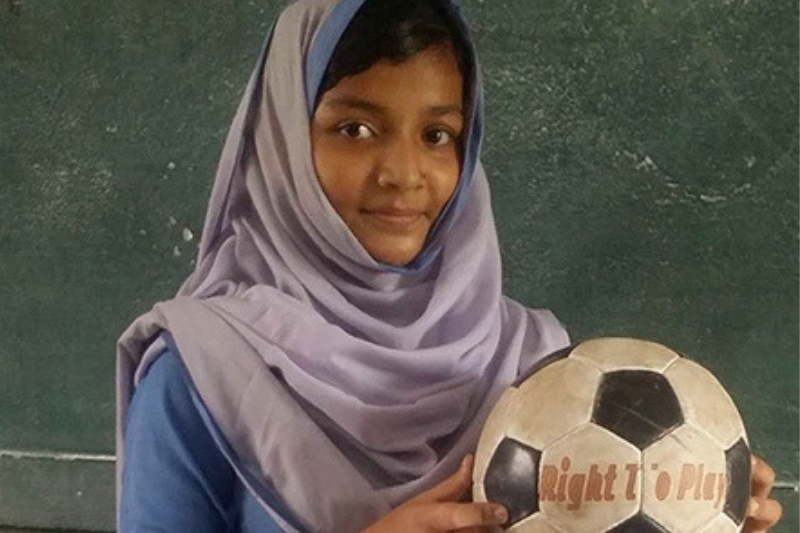 Khansa is rejecting gender norms in Pakistan through the confidence she's gained in Right To Play's Soccer for Development Program.